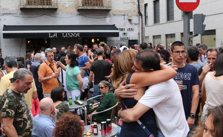 Fiesta de despedida del bar la Luna en Valladolid