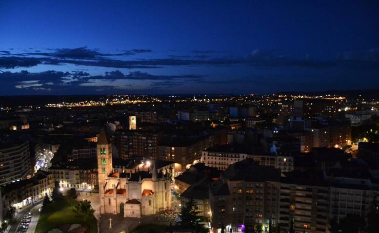 Visita a la torre de la Catedral de noche