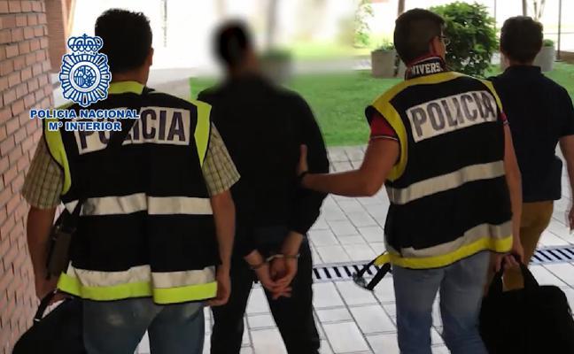 Detenido en Valladolid un profesor que tomaba imágenes de sus alumnas y las distribuía