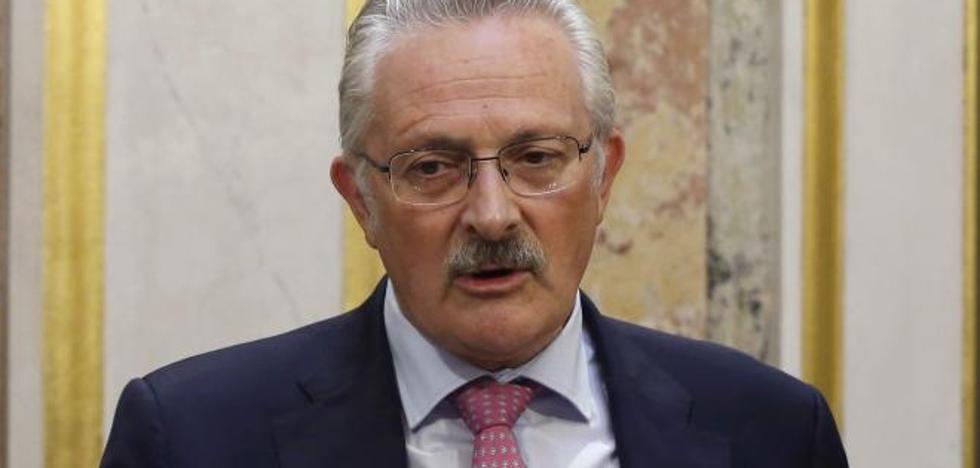 El socialista Antonio Trevín deja su escaño por discrepancias con Sánchez