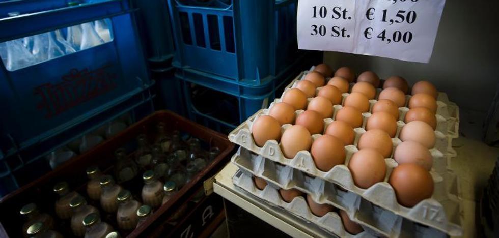 Dos detenidos por la crisis de los huevos, que afecta ya a 16 países