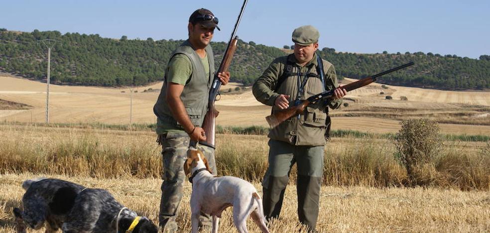 La media veda de caza se abre este martes 15 de agosto en Castilla y León