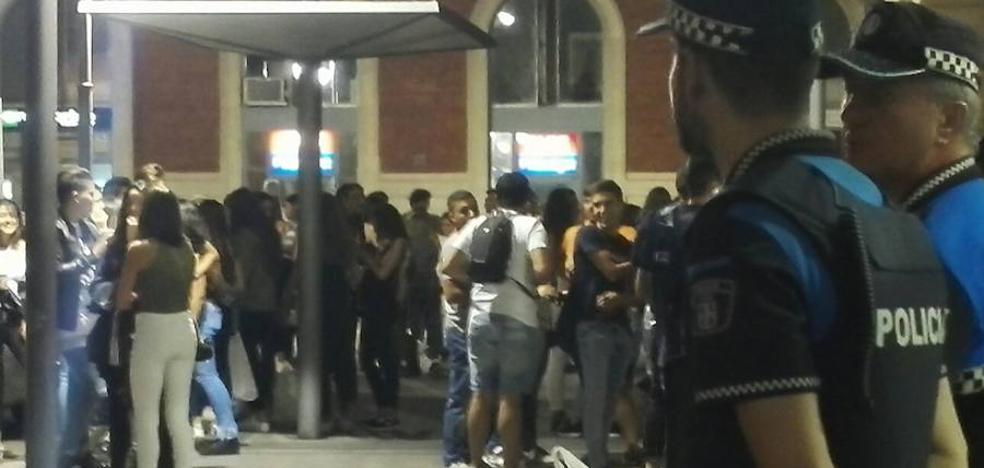Control policial antibotellón en la estación de tren de Valladolid
