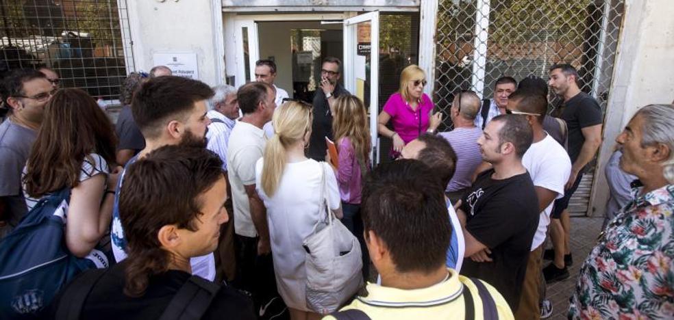 Huelga total en El Prat desde este lunes tras rechazar de nuevo los vigilantes la propuesta de la Generalitat