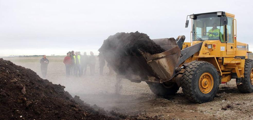 'No más Mierda' quiere saber dónde van los residuos de la planta de Fuentepelayo
