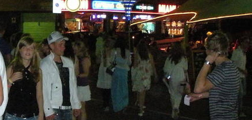 Muere el joven italiano que recibió una paliza en una discoteca de Lloret