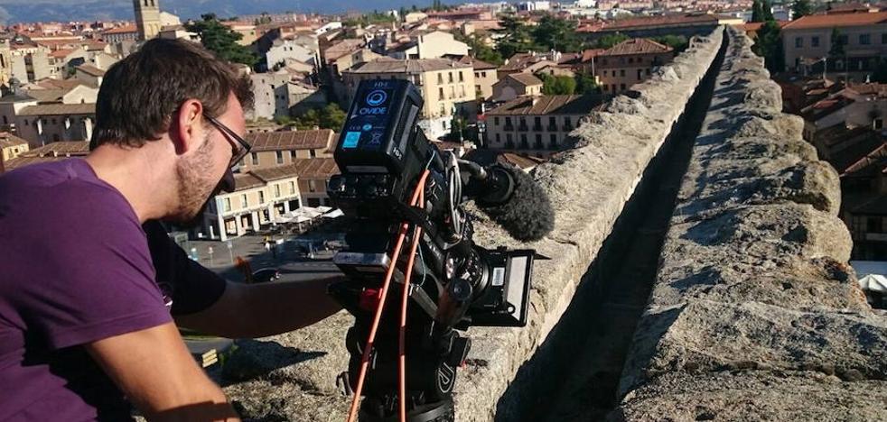 Los rodajes que acoge la ciudad dejan más de 150.000 euros anuales en Segovia