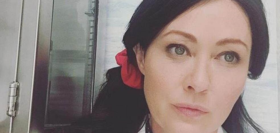 Shannen Doherty gana una batalla al cáncer y regresa a 'Heathers'