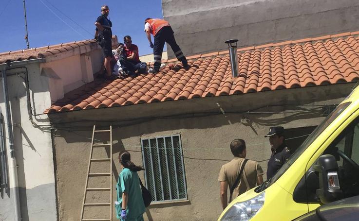 Fallece una mujer en el incendio de una vivienda de Pizarrales (Salamanca)