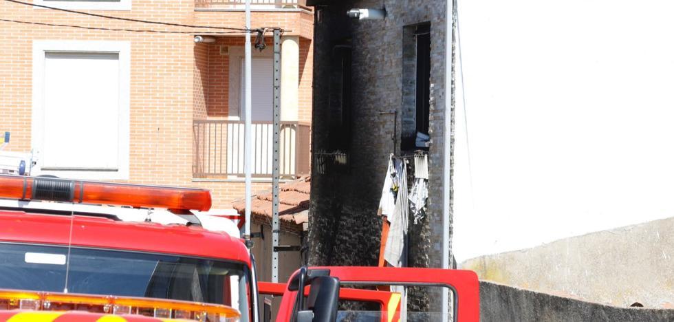 Fallece una mujer en un incendio en Pizarrales