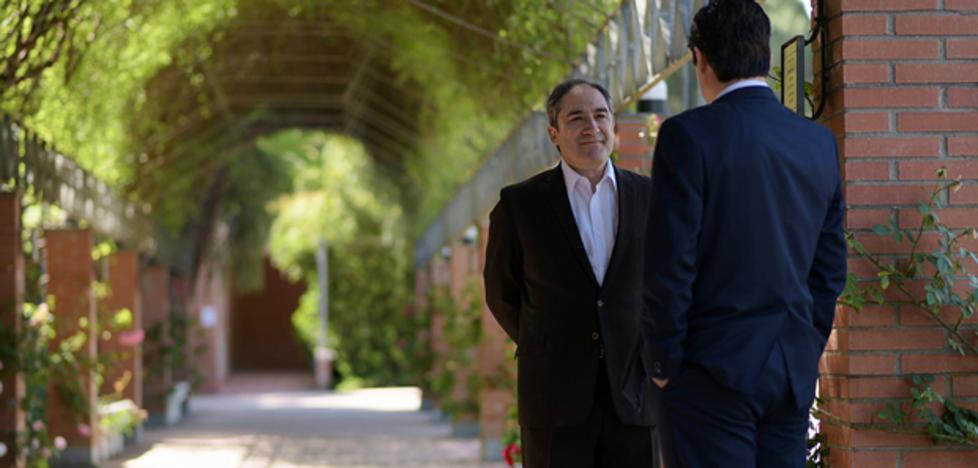Caldas recibe un anónimo que exculpa a Félix en 'Amar es para siempre'