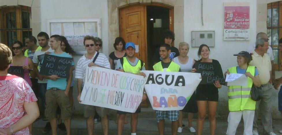 Los problemas de agua regresan a Baños de la Peña