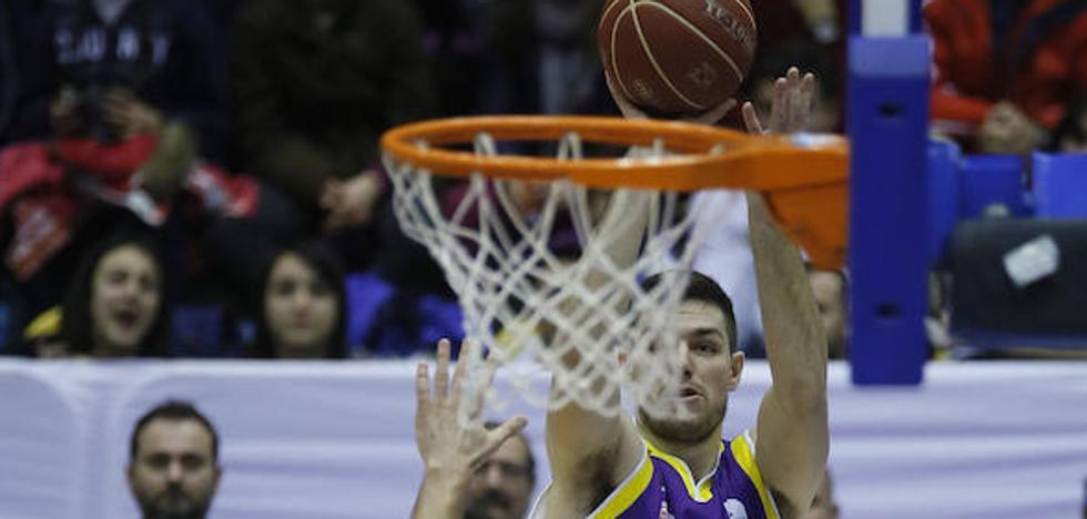 Nikola Cvetinovic, nuevo jugador del Palencia Baloncesto
