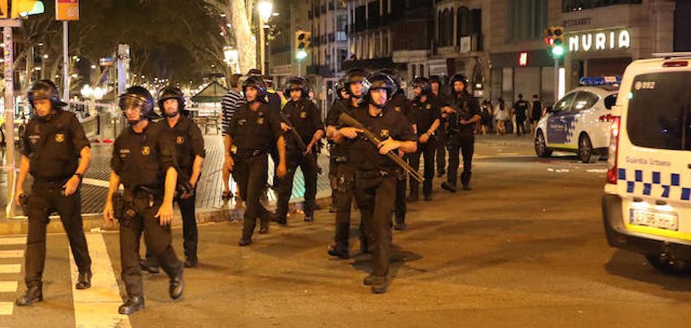Los Mossos investigan si las bombonas que explotaron en Tarragona iban a servir para cebar las furgonetas