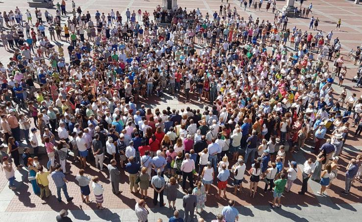 Valladolid y provincia se suman al minuto de silencio por las víctimas de los atentados de Barcelona y Cambrils