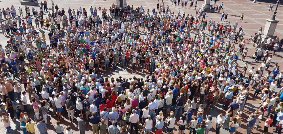 Valladolid enmudece por las víctimas del atentado en Barcelona