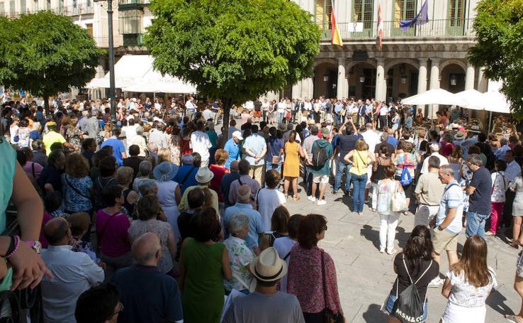 Minuto de silencio en Segovia capital y provincia en memoria de las víctimas de Barcelona