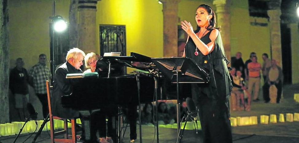 Montserrat Martí ilumina Ampudia