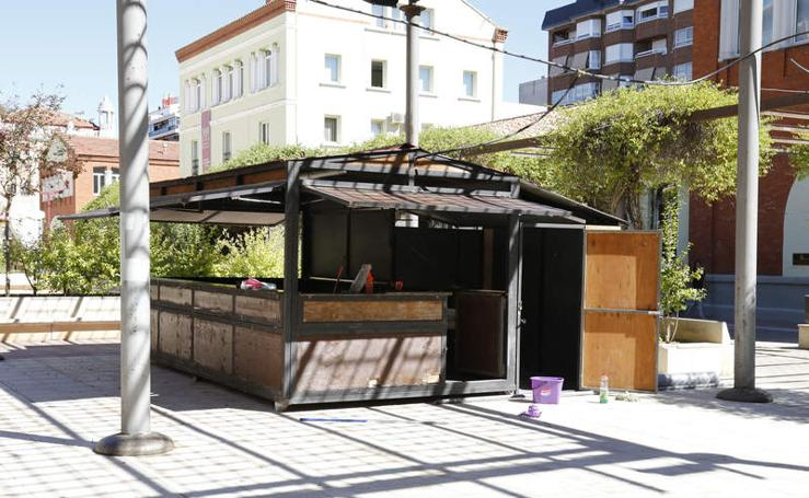 Comienza la instalación de las casetas de la Feria de Día de Palencia