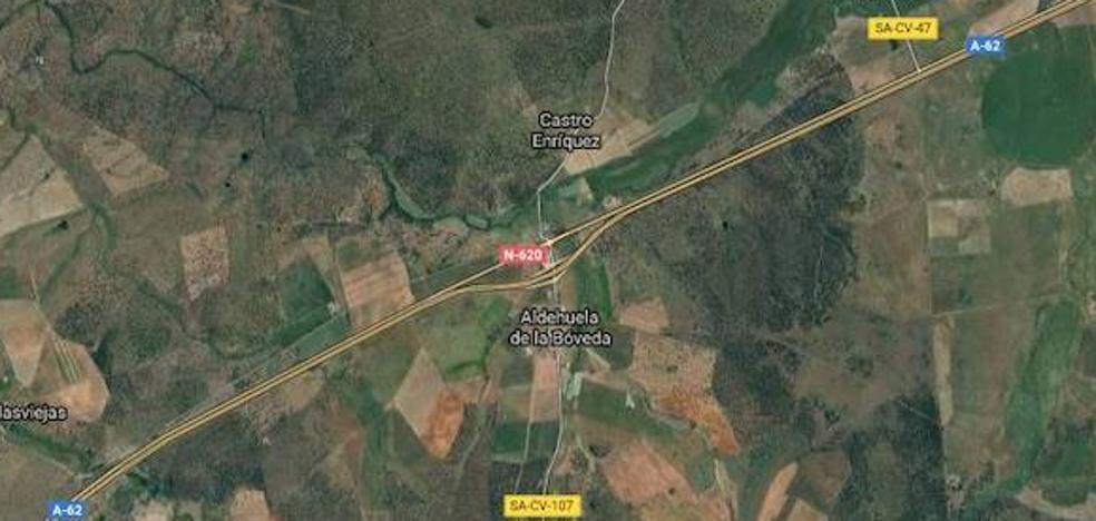 Un herido en un accidente entre dos camiones y un turismo