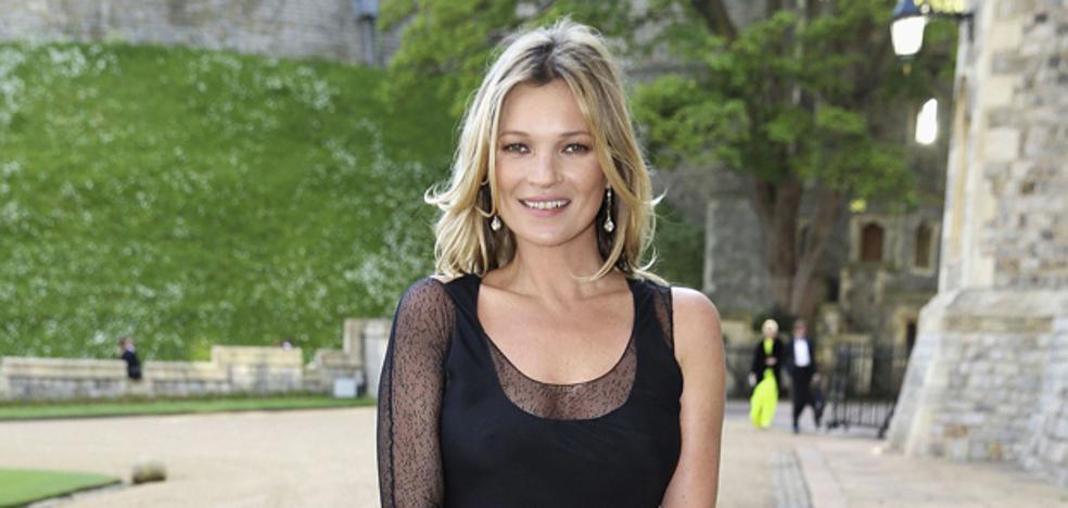 Calvin Klein elegió a Kate Moss en 1993 por sus pechos naturales