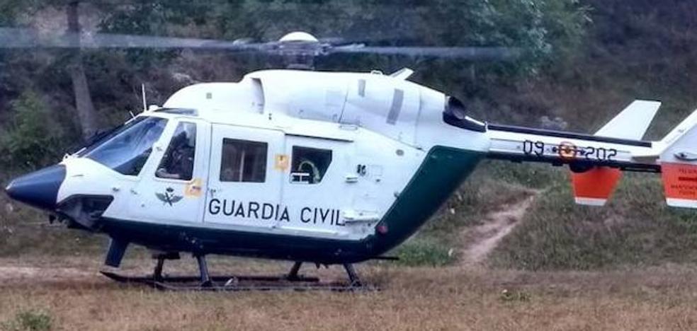 La Guardia Civil rescata con un helicóptero a siete montañeros belgas en Picos de Europa