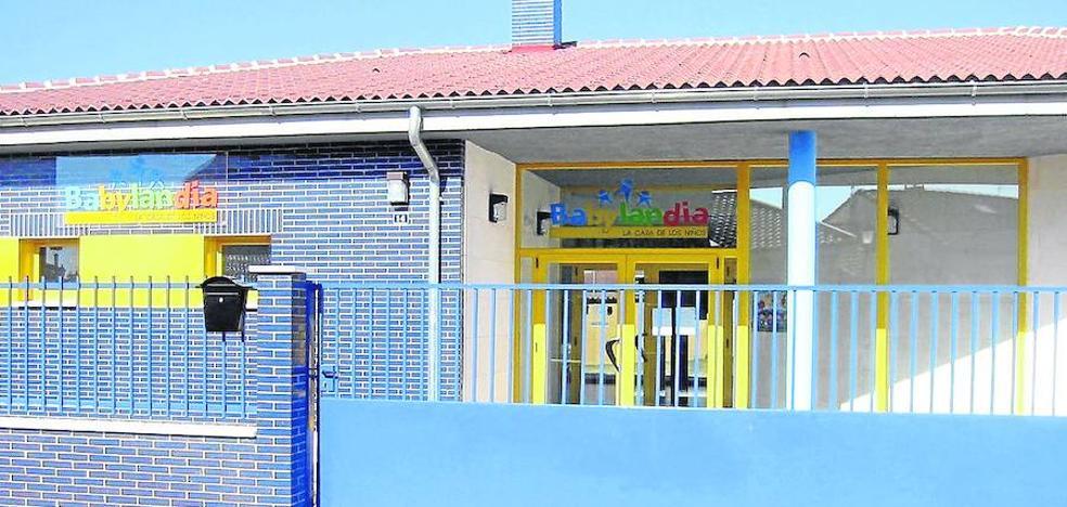 Pedrajas intensifica los esfuerzos para mantener su escuela infantil