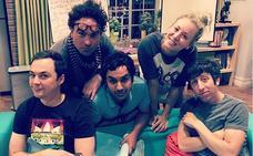 Jim Parsons 'vacila' con la foto de Kaley Cuoco en Instagram