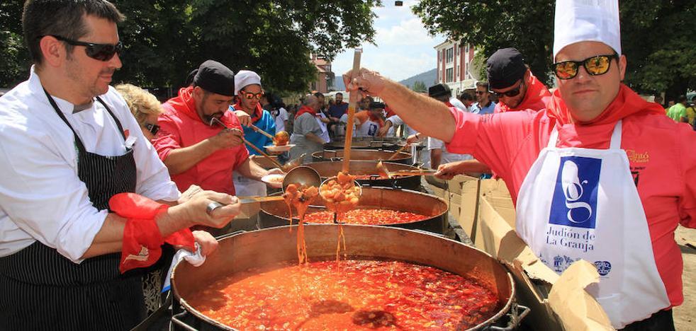 Más de 10.000 comensales dan cuenta de la judiada de La Granja