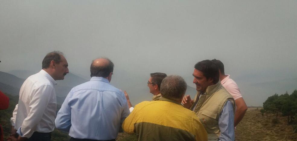 Herrera pide en León que se detenga a los autores del incendio de La Cabrera
