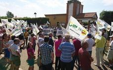 La Alianza UPA-COAG se manifiesta en Villardeciervos contra la presión de la fauna en el campo