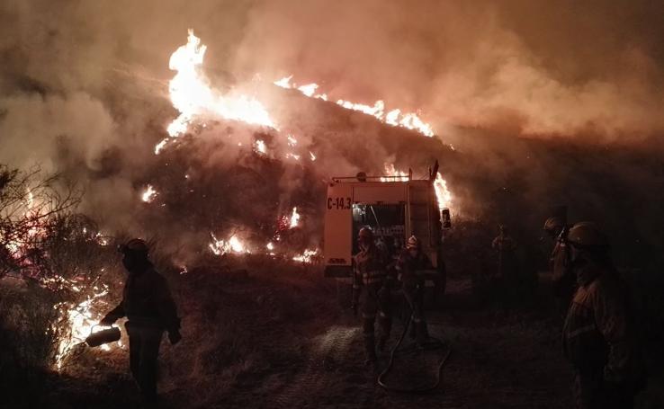 Las impresionantes imágenes del incendio de León
