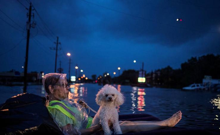 El huracán Harvey deja miles de evacuados en EE UU