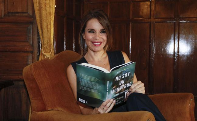 Carme Chaparro, sorprendida al ver su novela en el top manta