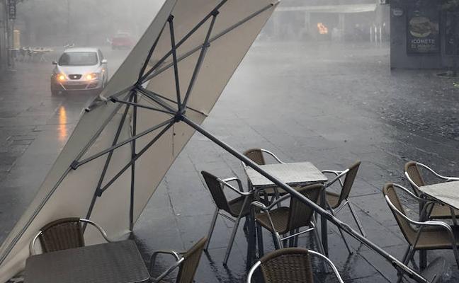 El aviso por el riesgo de lluvias y tormentas persiste en la provincia