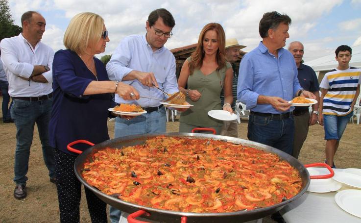 El PP de Segovia abre el curso político con una paella en Prádena