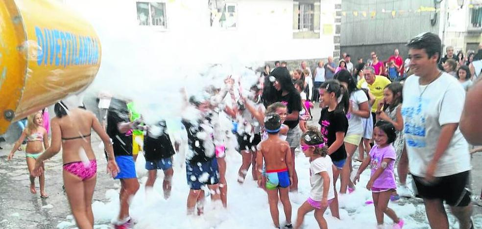 Los niños se convierten en los grandes protagonistas de los festejos en honor a San Ramón