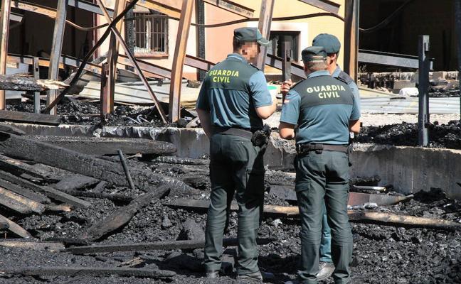 Un fallo eléctrico causó el incendio en las naves de madera de Valsaín