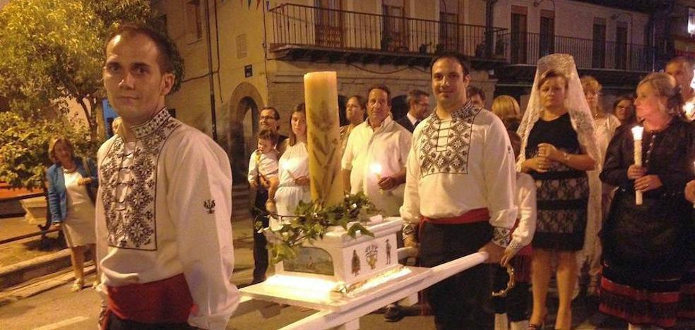 Los cirios vuelven a honrar a la Virgen de la Soterraña