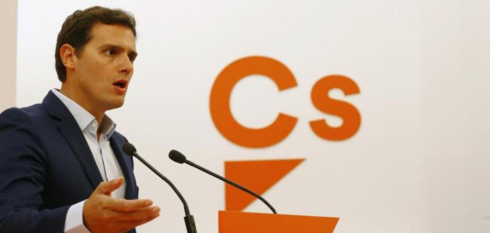 Rivera propone limitar el mandato de Rajoy hasta diciembre de 2019