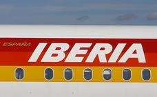Iberia y sindicatos firman el nuevo ERE voluntario para un máximo de 955 trabajadores