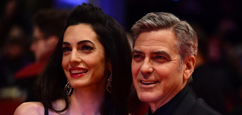 Amal Alamuddin, la mujer de George Clooney, luce espectacular en Venecia
