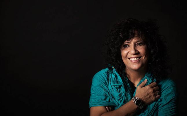 Rosana: «Me gusta soñar en directo, y vivir en directo»