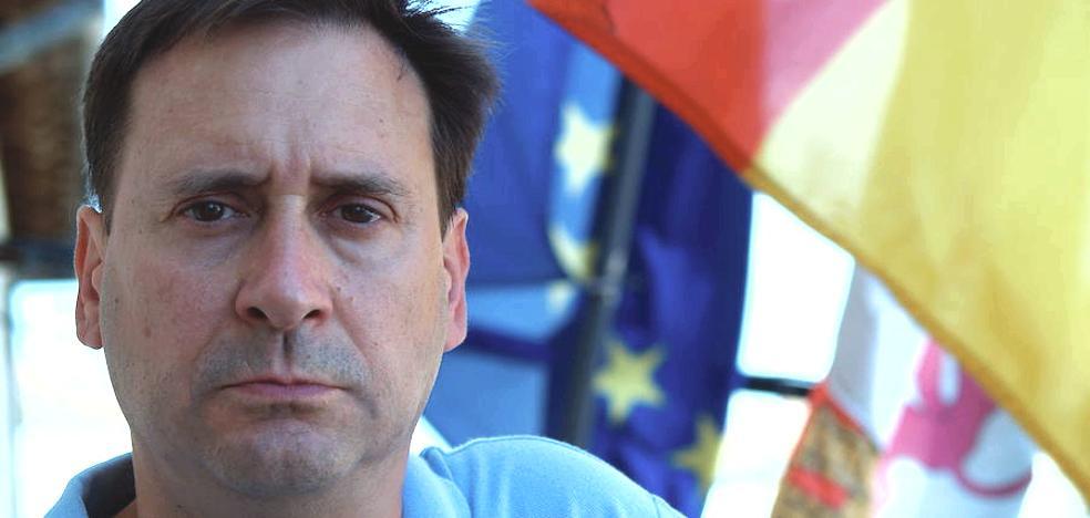 El alcalde de Fuenterrebollo acusa a Compromís de ser radical con la memoria histórica