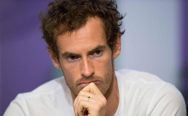 Andy Murray, con gesto serio.