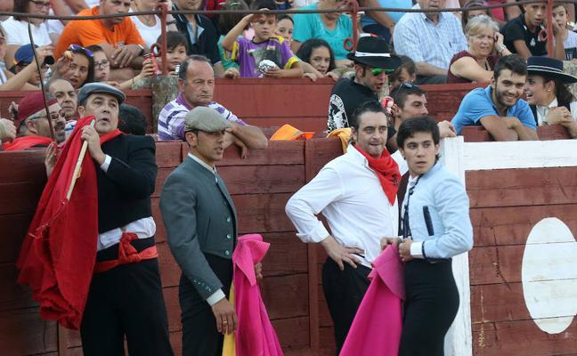 El presidente de los camareros de Segovia plantea eliminar la becerrada