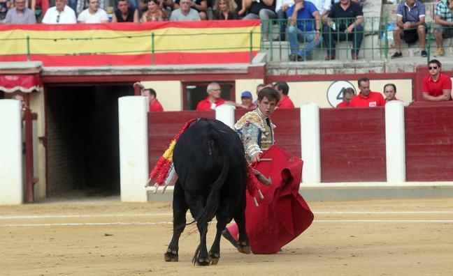 El Juli indulta en Valladolid a 'Fanfarria' tras una importante faena
