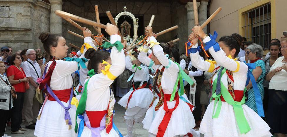 Los fieles de Tierra de Campos veneran a la Virgen de Alconada