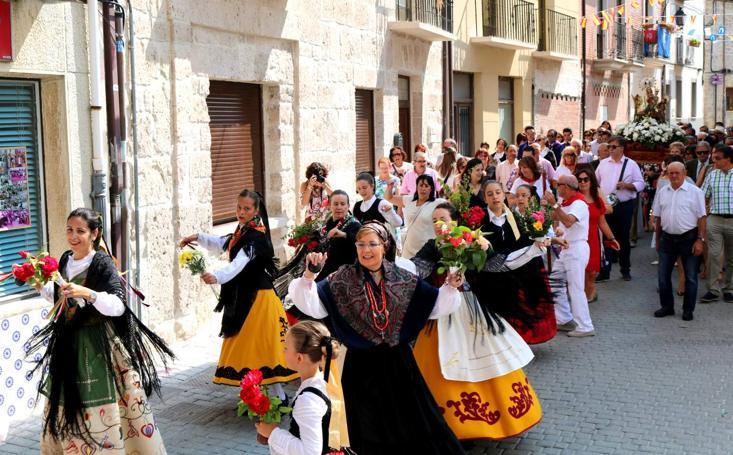 Procesión de la Virgen de Revilla en Baltanás