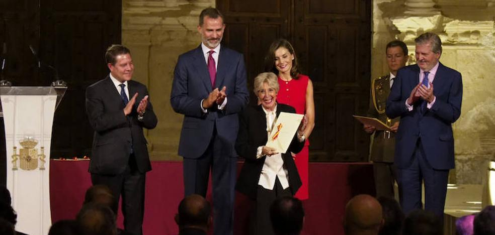Concha Velasco recibe su segundo Premio Nacional de Teatro